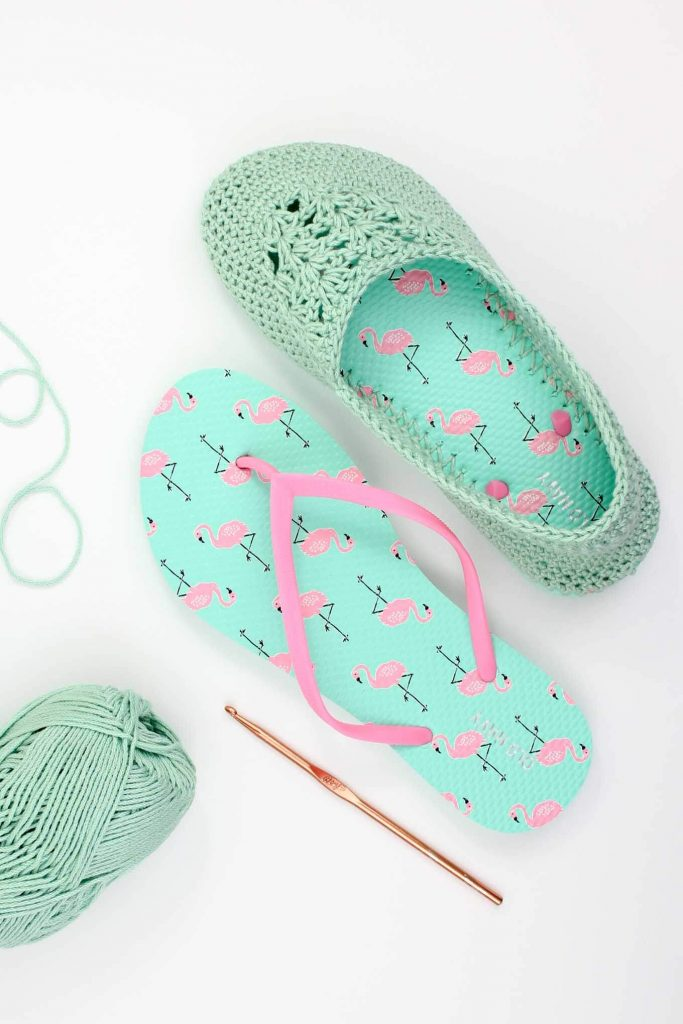 c168b854fc8b77 Crochet Slippers With Flip Flop Soles - Late Night Crafting